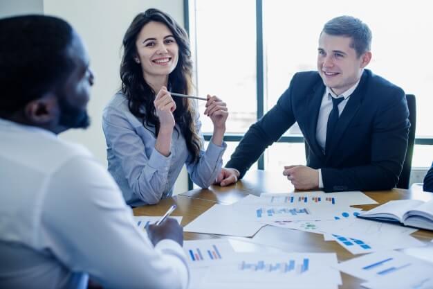 ITコンサルタントが高い年収を得られる理由
