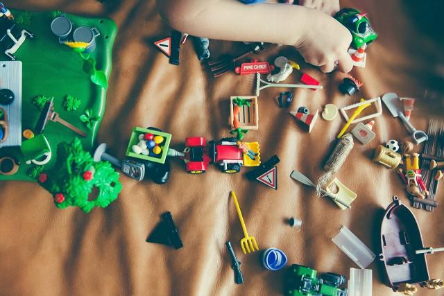 プログラミングが学べる最近の教材 〜おもちゃで学ぼう〜