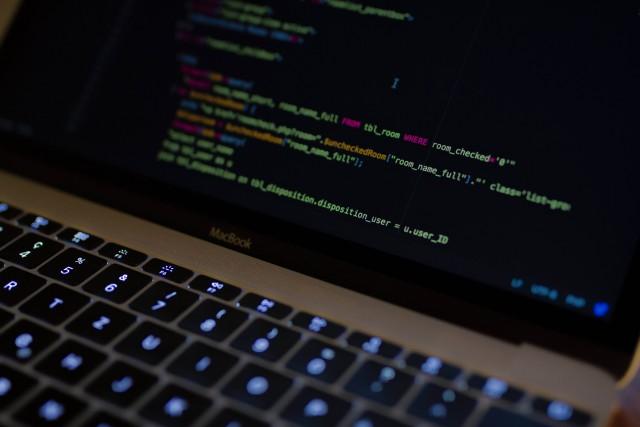SQLの役割と基本文法は?データベース操作の基本を確認