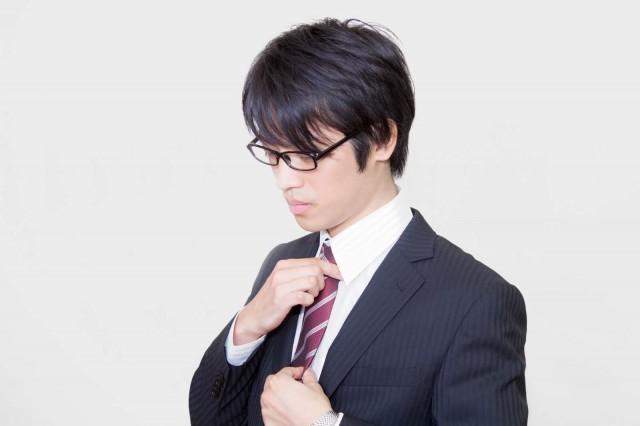 エンジニアはスーツを着る必要はあるの?スーツの必要性と注意点を解説!