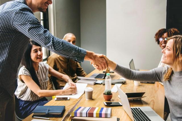 IT技術者は単価UPを目指そう!技術者の相場と単価交渉の方法を解説!